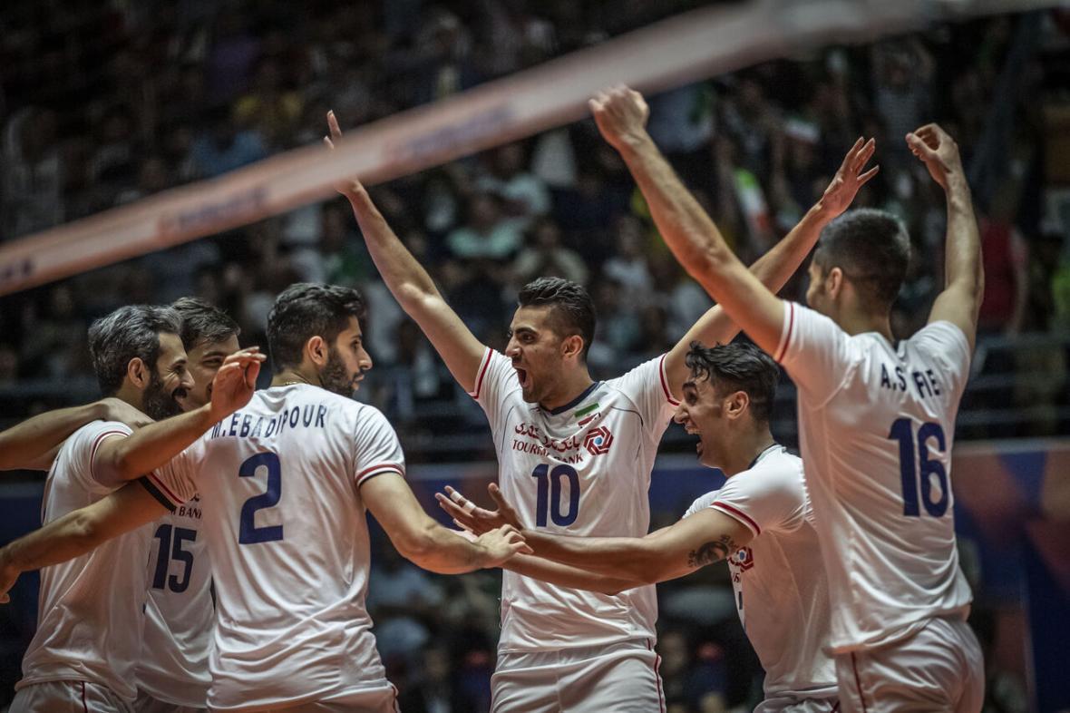 خبرنگاران ایران در آستانه صعود به مرحله نهایی لیگ ملت های والیبال