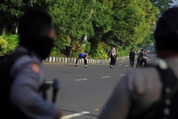 حمله انتحاری داعش به یکی از مراکز پلیس اندونزی