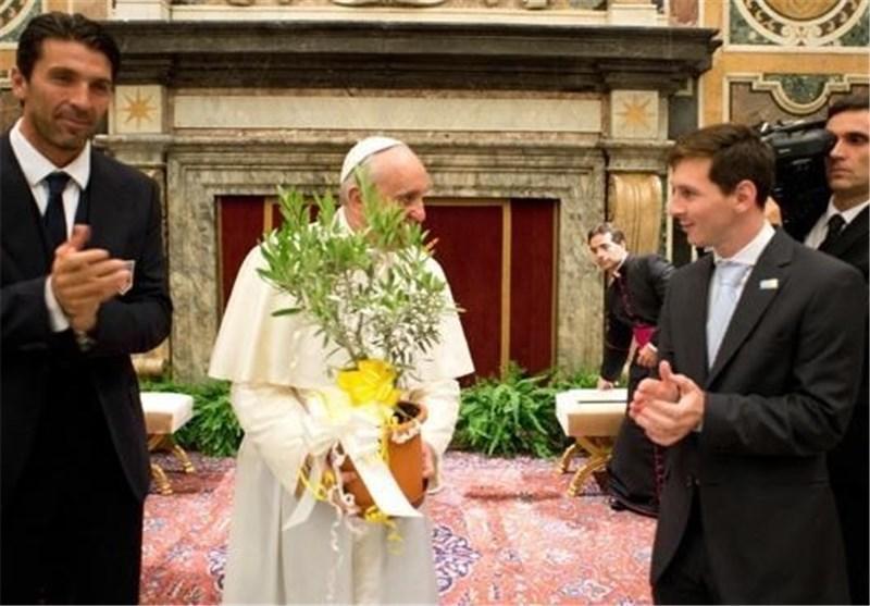 دیدار اعضای تیم های ملی ایتالیا و آرژانتین با پاپ فرانسیس