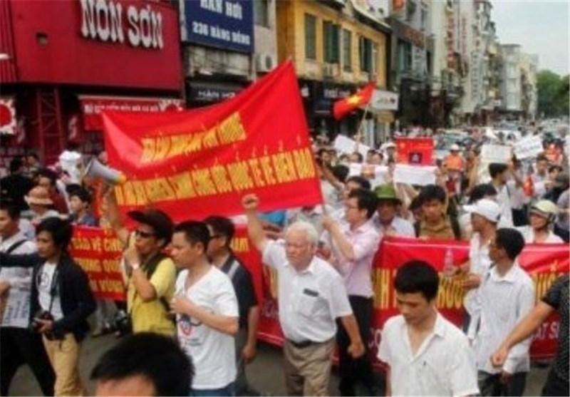 چین هزاران تبعه خود را از ویتنام خارج کرد
