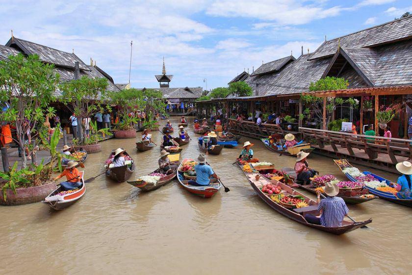 خرید در بازارهای شناور تایلند
