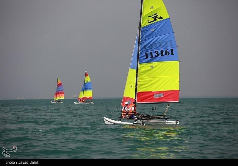 حضور دو قایقران در تورنمنت بین المللی بادبانی عمان