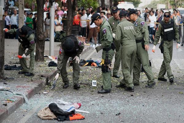 96 کشته و مجروح در انفجار بانکوک، پاکسازی محل بمب گذاری ادامه دارد