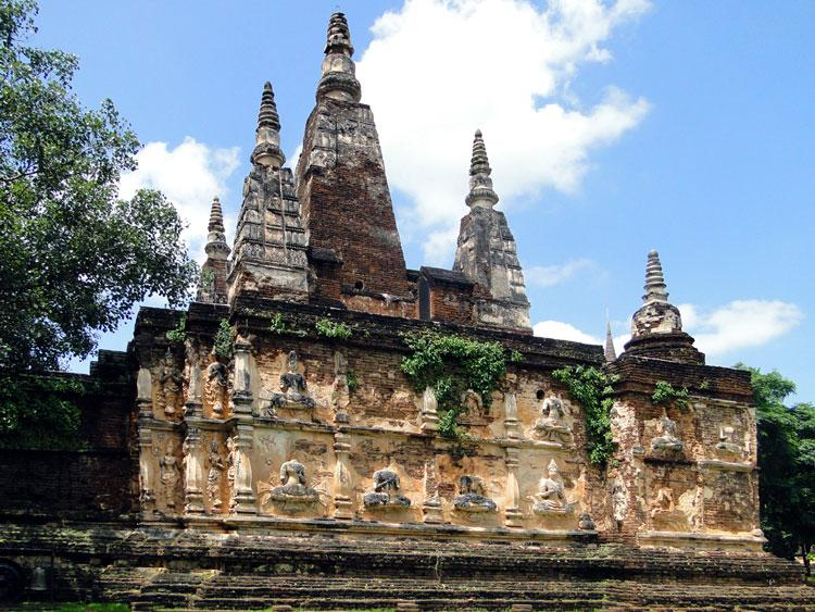 معابد مقدس چیانگ مای