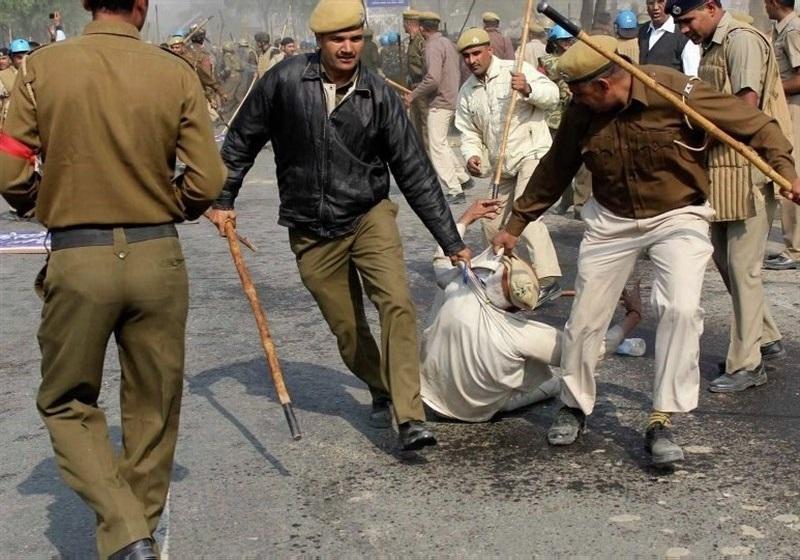افزایش کشته های تظاهرات هند به 26 تن