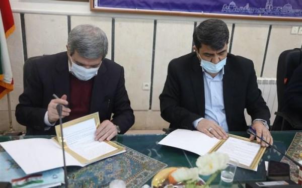 حسینی: اعتبار خرید 4500 تبلت ویژه دانش آموزان نیازمند یزدی تامین می گردد