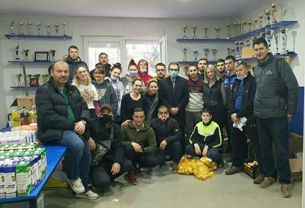 خبرنگاران کمک های ایرانیان مقیم در مناطق زلزله زده کرواسی توزیع شد