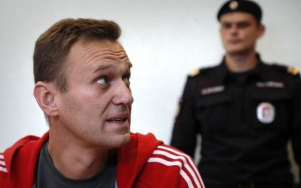 ناوالنی (معترض مسموم شده) : 17 ژانویه به روسیه بر می گردم