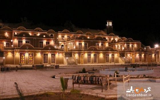 هتل یلو؛ اقامتگاهی سنتی و زیبا در آران و بیدگل، عکس