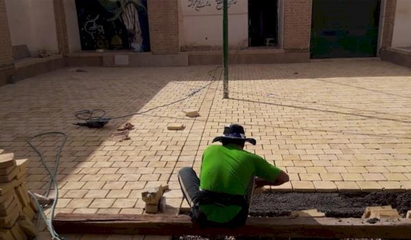 شروع بازسازی و ساماندهی حسینیه کاکامیر در بافق